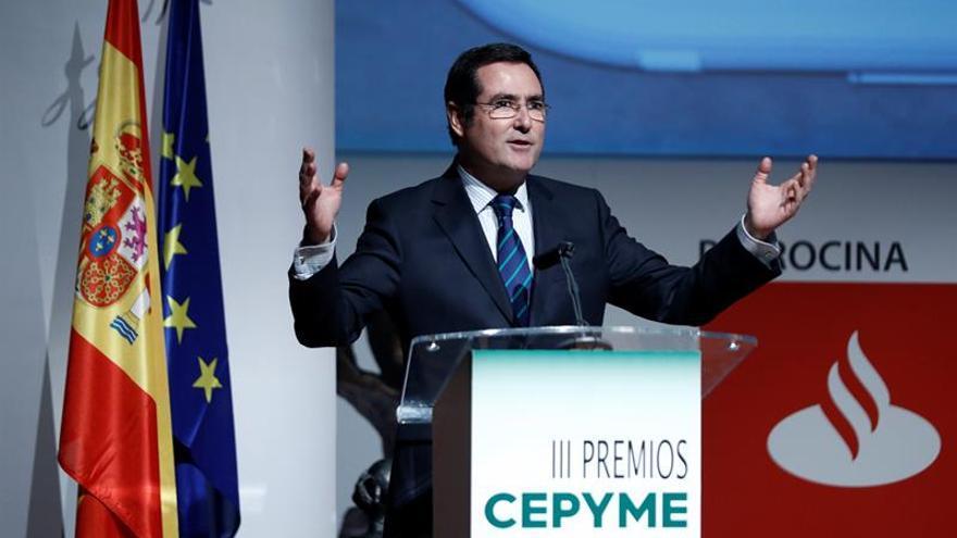 """Garamendi espera una respuesta """"razonable"""" de los sindicatos a la oferta de la CEOE"""