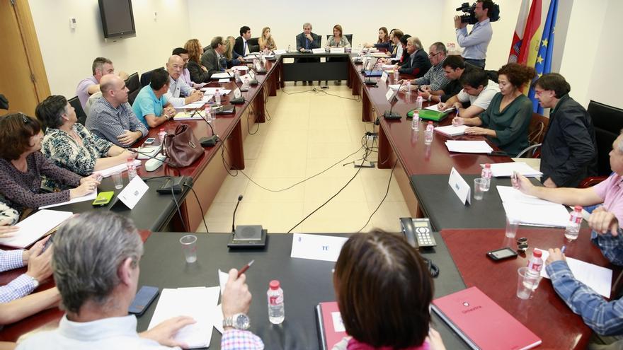Cantabria regula por primera vez el procedimiento de selección de los funcionarios interinos