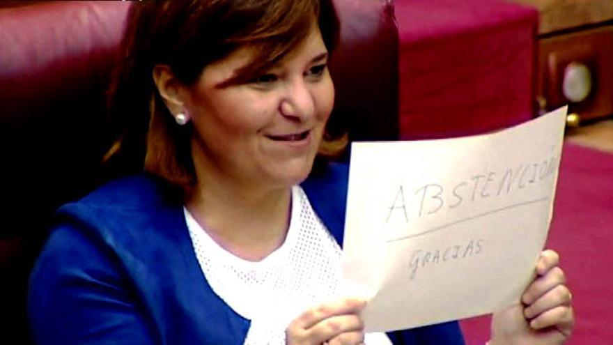 La síndica del PP valenciano en las Corts, Isabel Bonig, 'agradece' a los socialistas su abstención a la investidura de Mariano Rajoy