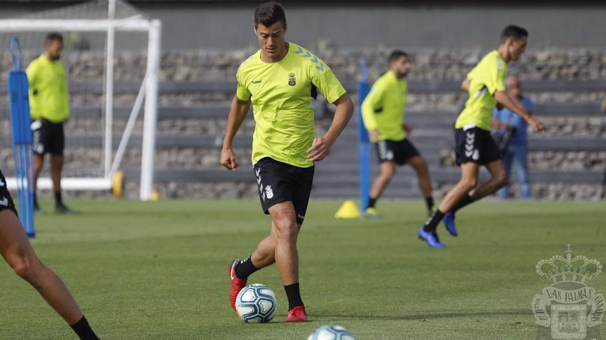 Mantovani, en el entrenamiento previo a la visita a Málaga