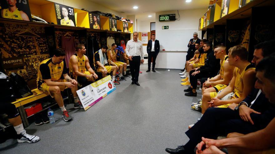 Vidorreta felicita a su equipo por la clasificación para la Copa del Rey