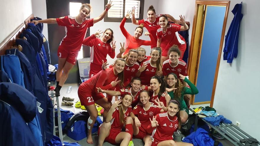 Las jugadoras del Tacuense celebran la victoria lograda en Córdoba