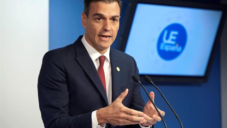 Sánchez comparece en Moncloa para informar sobre la negociación del 'brexit'