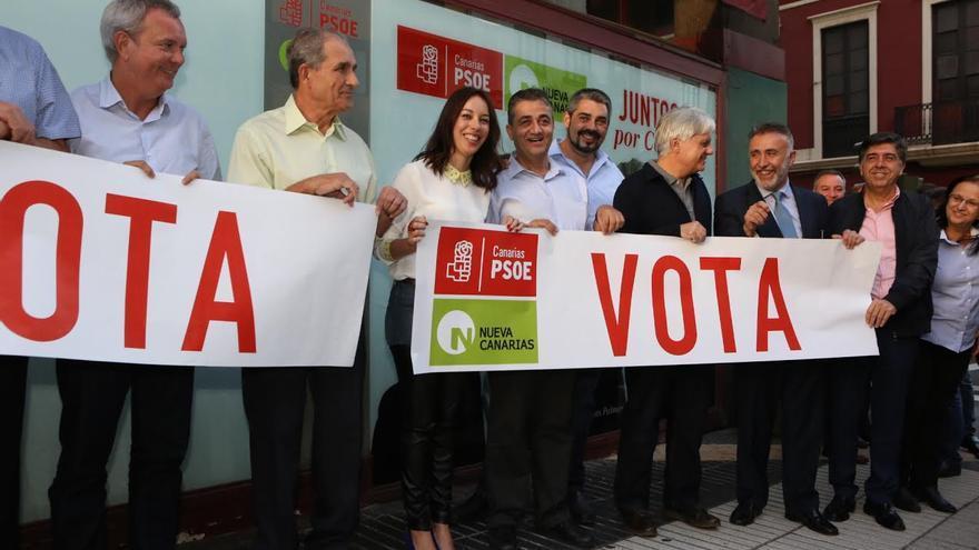 Arranque de la campaña electoral de la coalición PSOE-NC. (ALEJANDRO RAMOS)