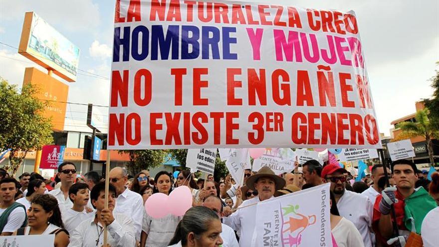"""La Iglesia mexicana publica una entrevista sobre la """"reversibilidad"""" de la homosexualidad"""