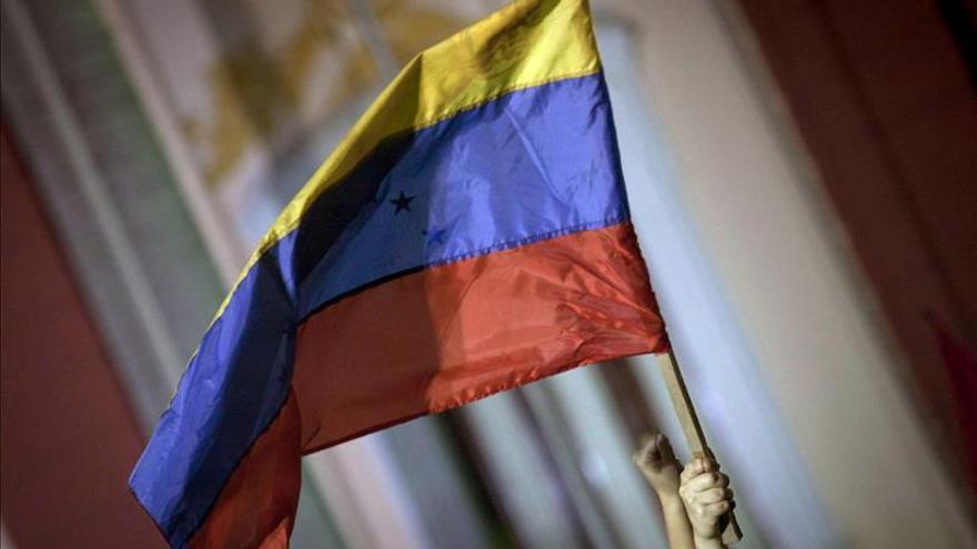 Candidato opositor venezolano denuncia en fiscalía ataque durante su campaña