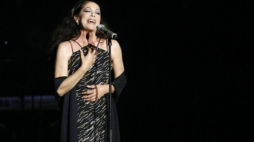 Isabel Pantoja reaparece en Benidorm tras su condena y agota las entradas