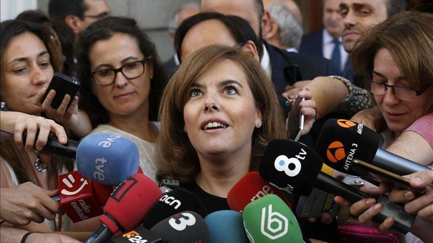 """Santamaría dice que no encontrarán de ella """"una sola crítica"""" hacia Cospedal"""