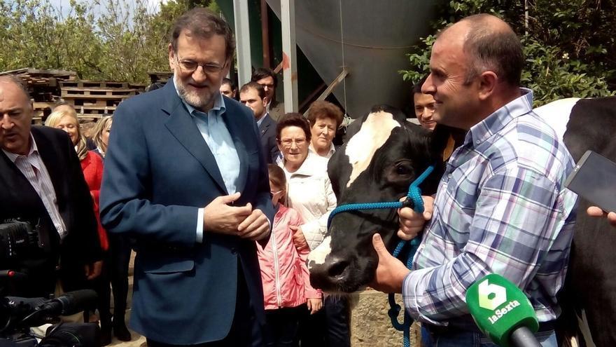 Rajoy insiste en que Cameron debería hacer campaña en Reino Unido y no en Gibraltar