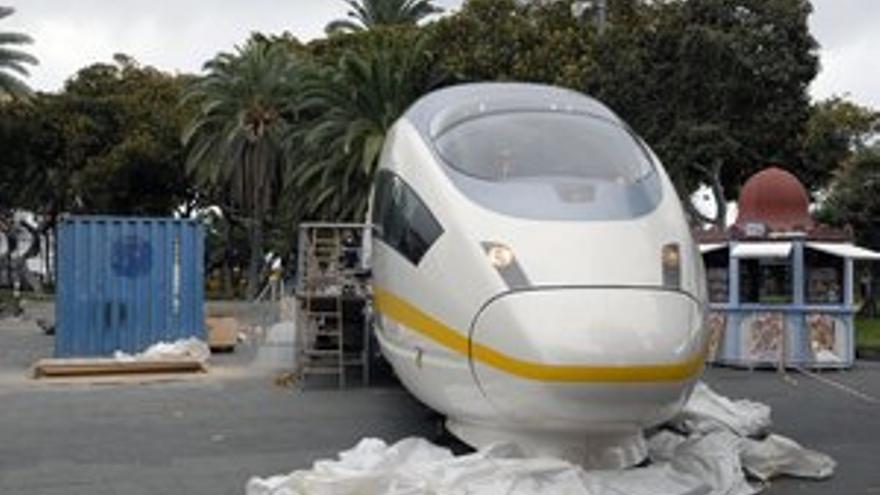 Maqueta en tamaño real del tren de Gran Canaria. (ACFI PRESS)