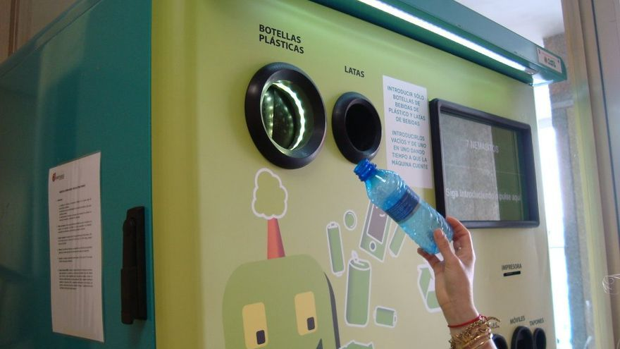 Una máquina dispuesta para el retorno de envases