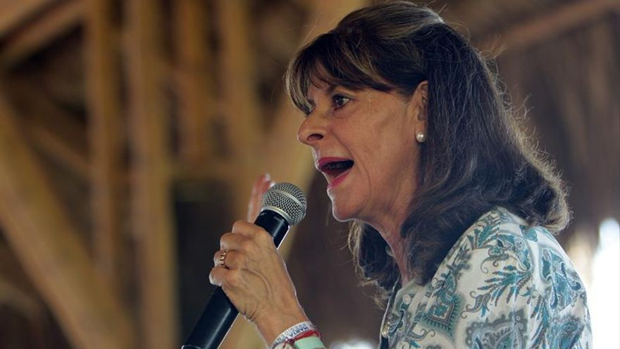 Opositora al acuerdo de paz con las FARC pide que el nuevo texto no se presente como definitivo