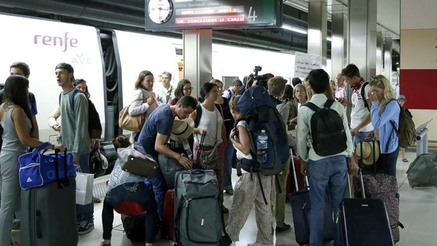 Más de 715.000 personas viajaron en AVE Madrid-Sevilla este verano