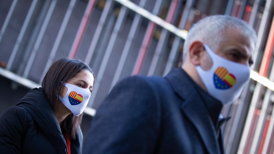 Arrimadas y Carrizosa, de la mano en la campaña de las catalanas