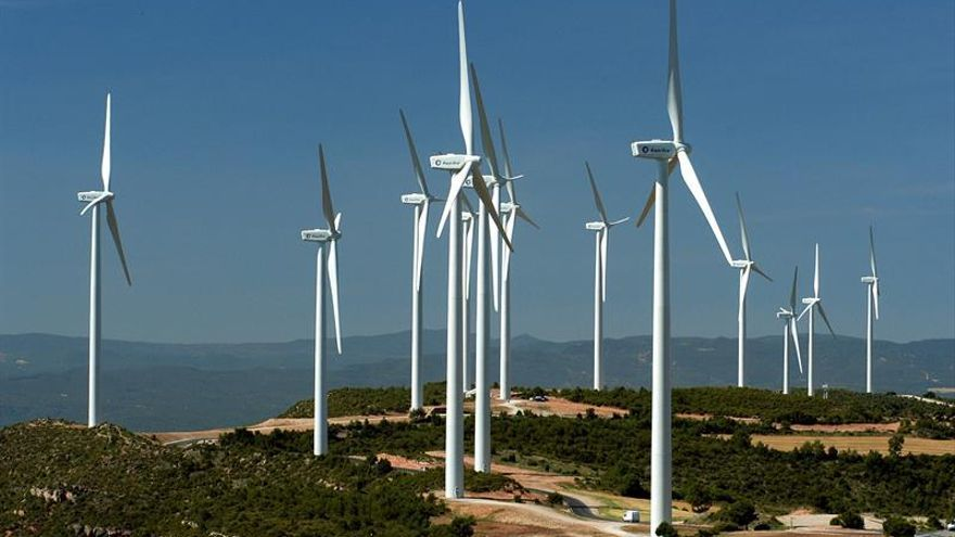 Uruguay impulsa fuentes renovables para mantenerse líder en política de energía