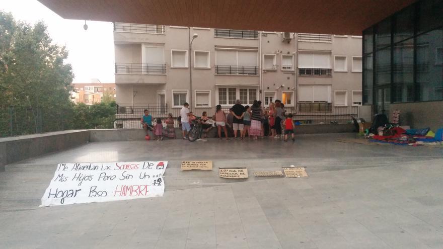 Asamblea Pah Alcorcón donde se desarrolla la huelga de hambre