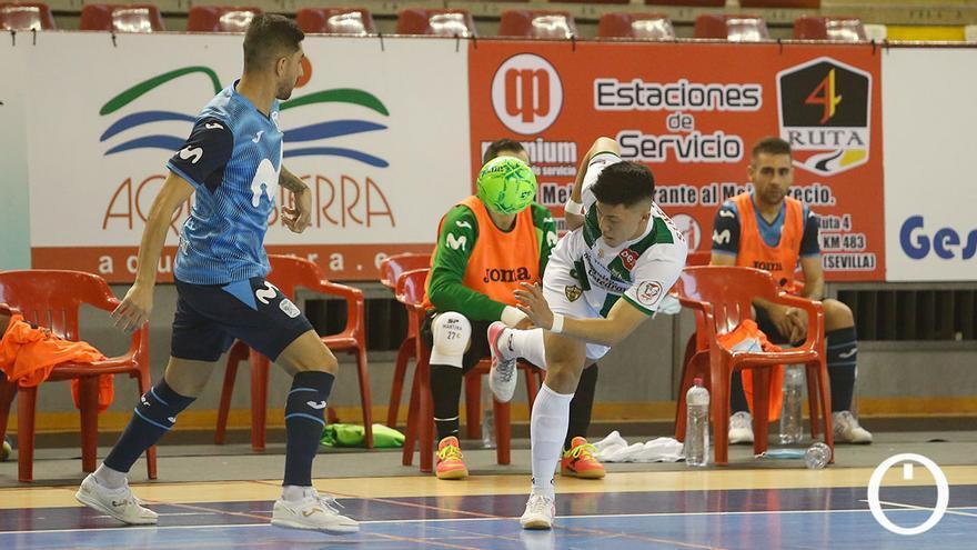 Lance del partido entre el Córdoba Patrimonio e Inter Movistar en Vista Alegre