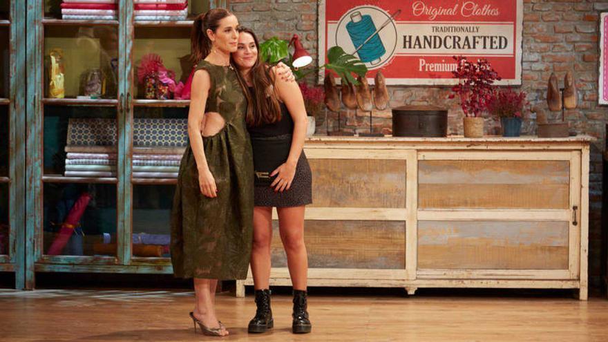 Ana junto a Raquel Sánchez Silva