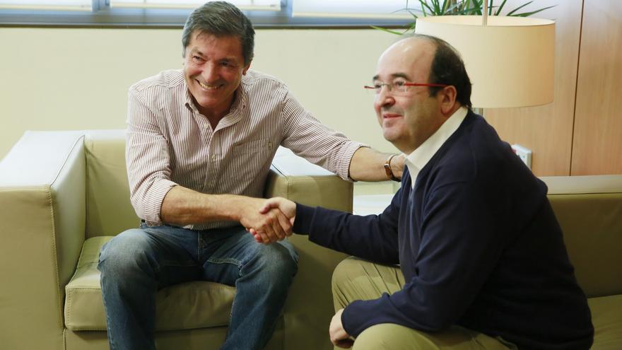 Javier Fernández y Miquel Iceta durante su reunión en Ferraz
