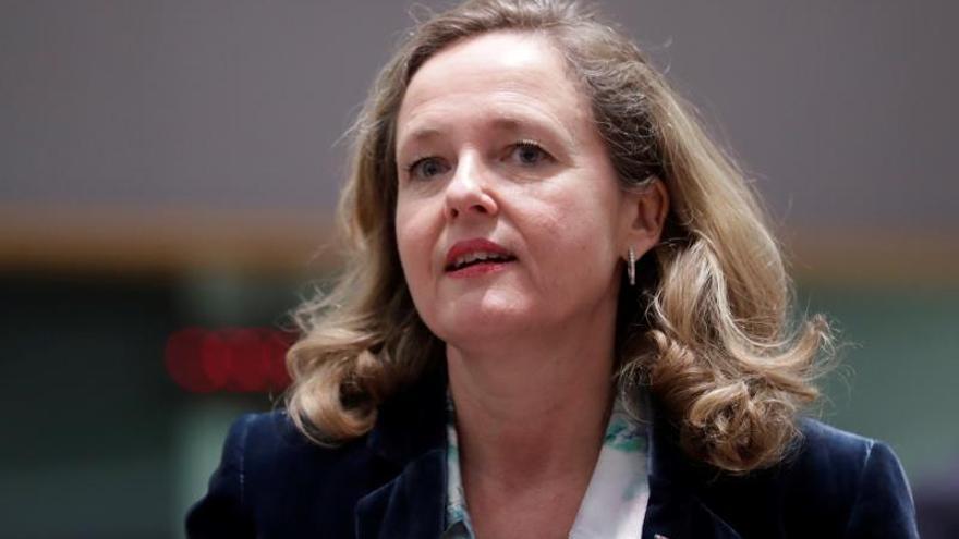 Calviño pide no vincular el fondo de garantía de depósitos con deuda soberana