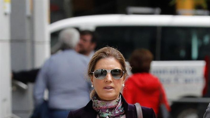 Rosalía Iglesias, mujer del extesorero popular Luis Bárcenas, a su llegada este miércoles a la Audiencia Nacional.