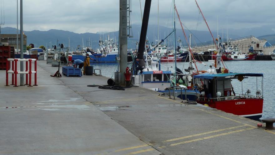 """""""Absoluta normalidad"""" en la actividad pesquera de Santoña pese a los 3 positivos de los dos barcos gallegos"""