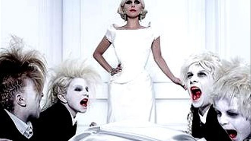 'Scream Queens' mostró la primera escena de 'AHS Hotel'