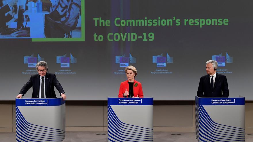 La CE quiere que el certificado de vacunación esté listo para el verano