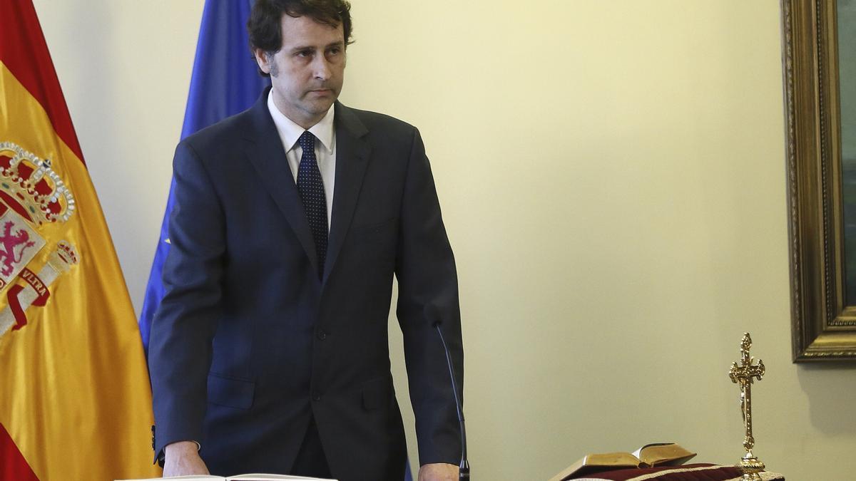 José Luis Ortiz Grande toma posesión como jefe de gabinete de la ministra de Defensa en noviembre de 2016