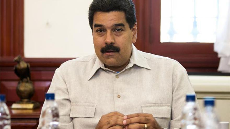 """Maduro inaugura una Navidad """"temprana"""" en Venezuela para dar """"suprema felicidad"""""""