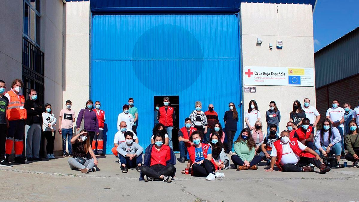 Voluntarios de Cruz Roja para el dispositivo de Patios 2021.