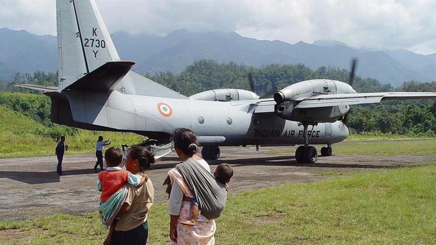 El Ejército indio refuerza la búsqueda del avión desaparecido sin dejar rastro