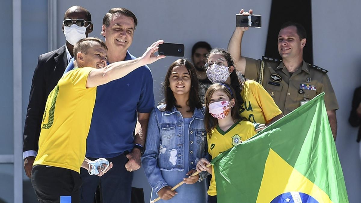 Bolsonaro, entusiasmado con la Copa América en Brasil.