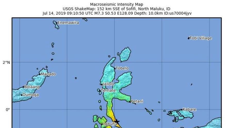 Un terremoto de magnitud 7,3 grados sacude una isla al este de Indonesia
