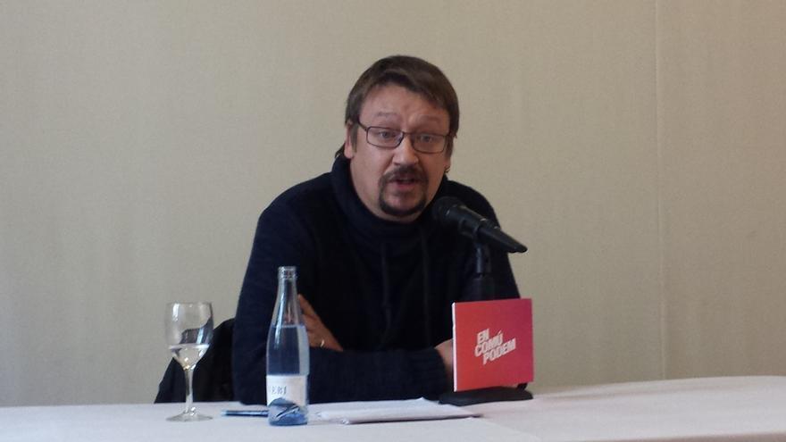 """Domènech (ECP) cree que las """"detenciones políticas"""" por la quema de fotos del Rey inhabilitan el diálogo"""