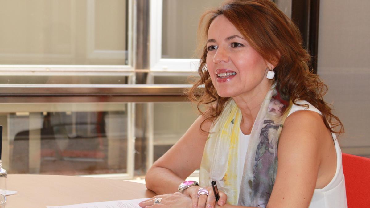 La consejera de Bienestar Social, Aurelia Sánchez, en una entrevista con elDiarioclm.es
