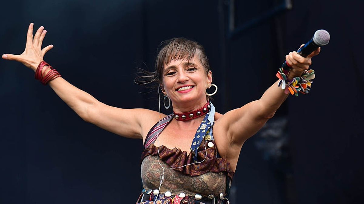 Hilda Lizarazu, una de las referentes mujeres del rock nacional