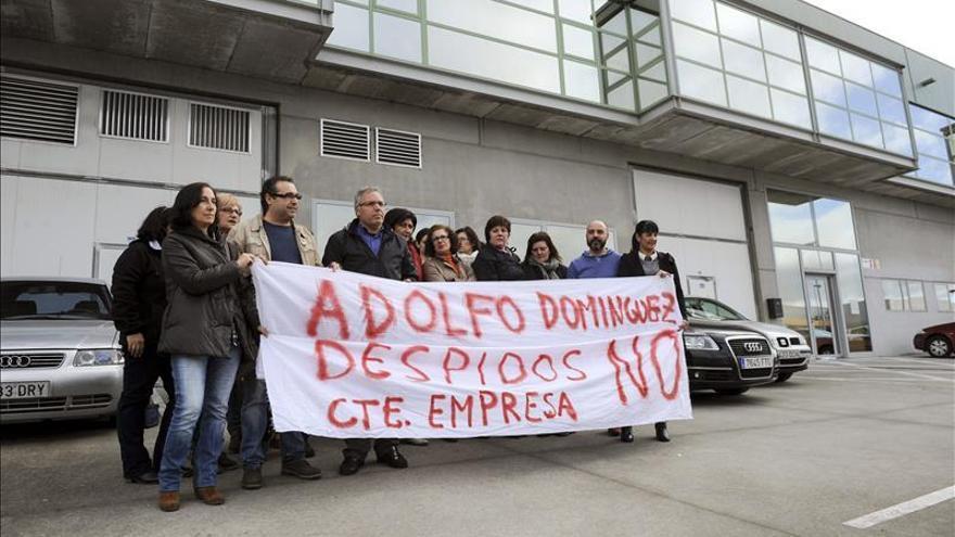 Adolfo Domínguez plantea el despido de 144 empleados, el 10,7 por ciento de la plantilla