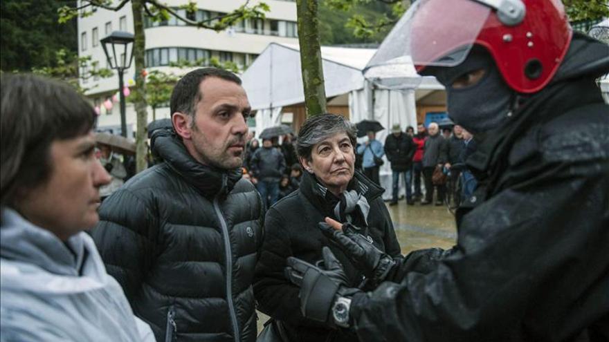 """La consejera vasca pidió """"responsabilidad"""" a Mintegi en el arresto de Alkorta"""