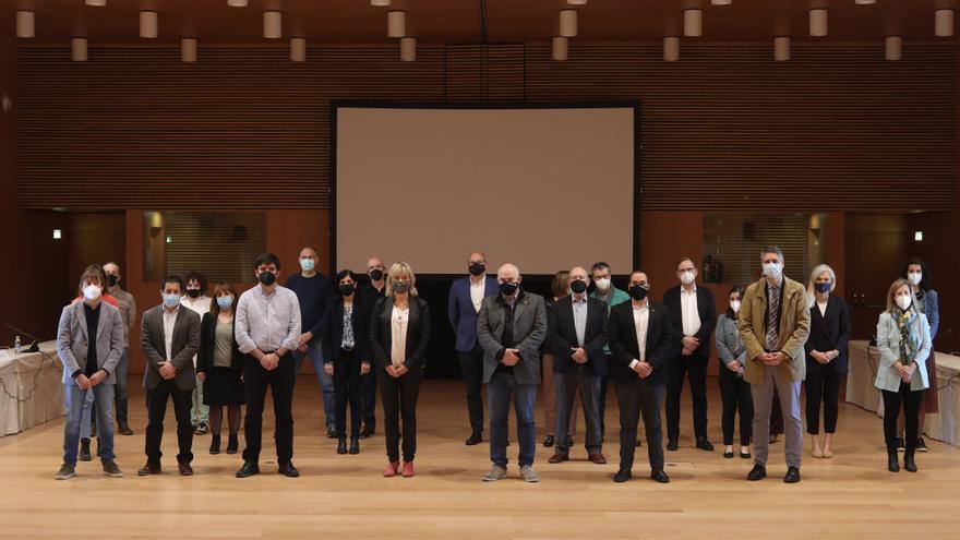 Aierdi y Ollo junto al resto de autoridades y representantes que forman parte del grupo interdisciplinar de trabajo de la candidatura Navarra para la 'Nueva Bauhaus'