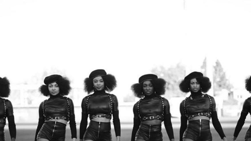 Beyonce en su homenaje a los Panteras Negras en la Super Bowl