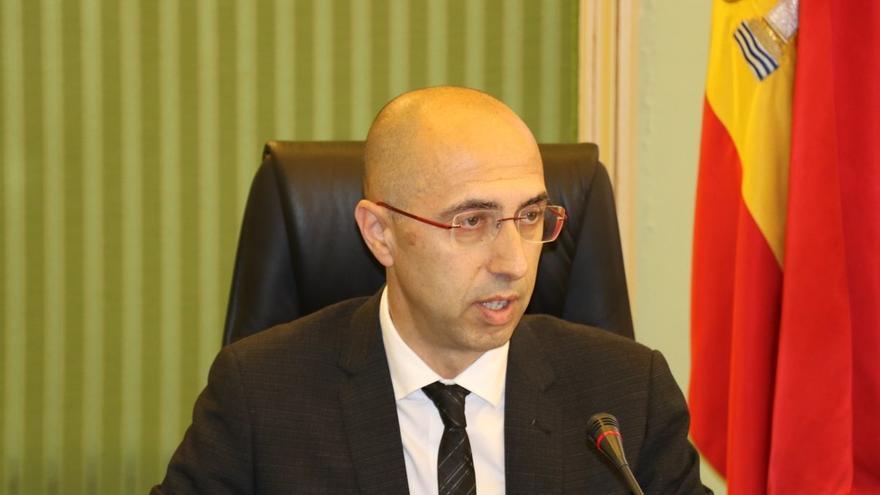 El director de la Oficina Anticorrupción, Jaume Far, en la Comisión de Asuntos Institucionales del Parlament
