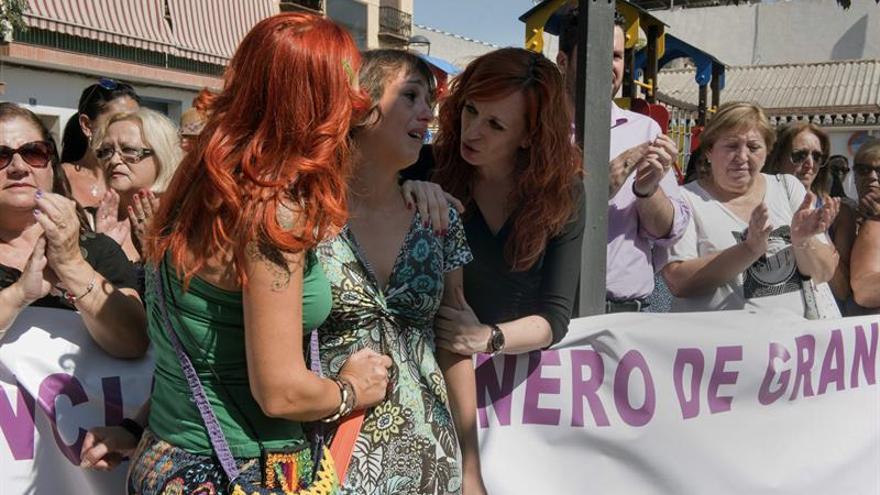 El martes se celebró una concentración de apoyo a Juana Rivas en su municipio