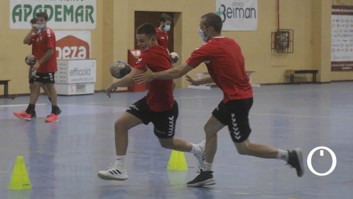 Imagen de un entrenamiento del Cajasur CBM.