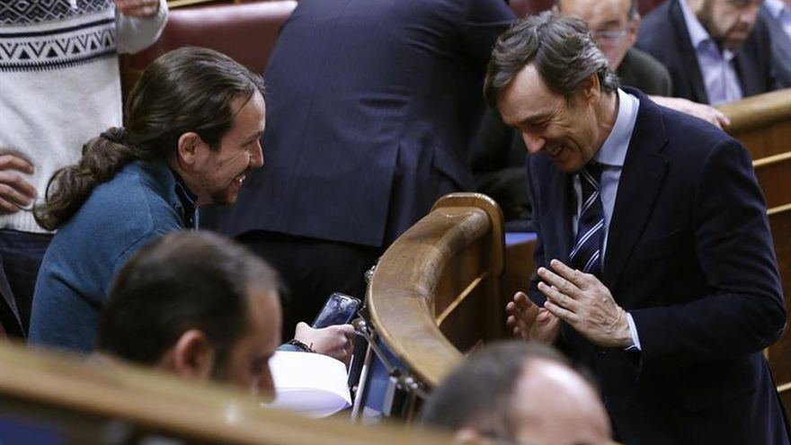 Los acuerdos a varias bandas allanan los primeros pasos de la legislatura