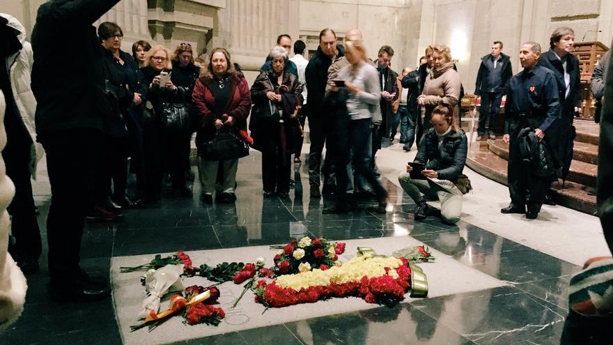 Homenaje a Franco en el Valle de los Caídos.