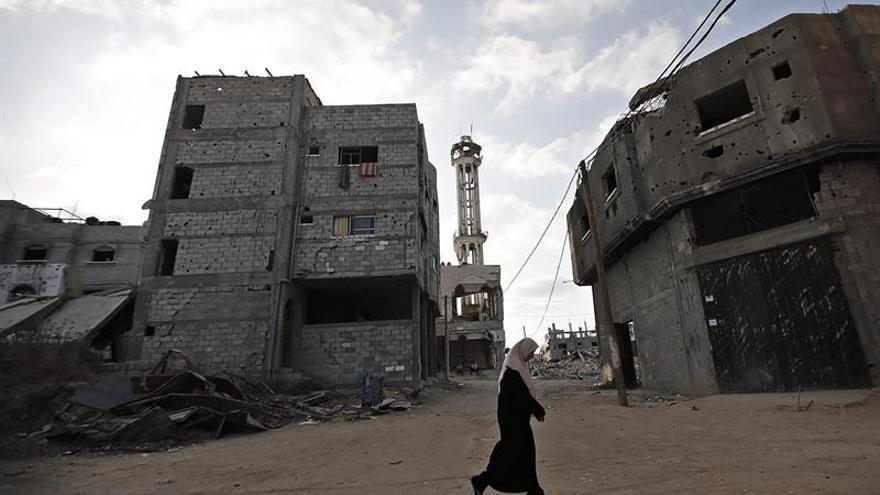 Hamás impone carabina a las mujeres en Gaza para aprender a conducir