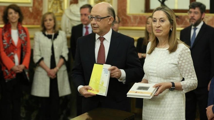 """Montoro dice que los PGE refuerzan el crecimiento, impulsan el empleo y son """"enlace"""" de las cuentas de 2018"""