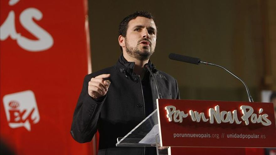 "Garzón ve a Rajoy un ""pésimo cuentacuentos"" que ""no pisa la calle"""