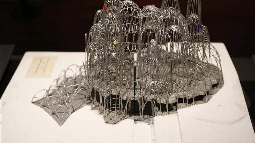 """""""Paseando con Gaudí"""" acerca al visitante al interior de la obra del arquitecto"""